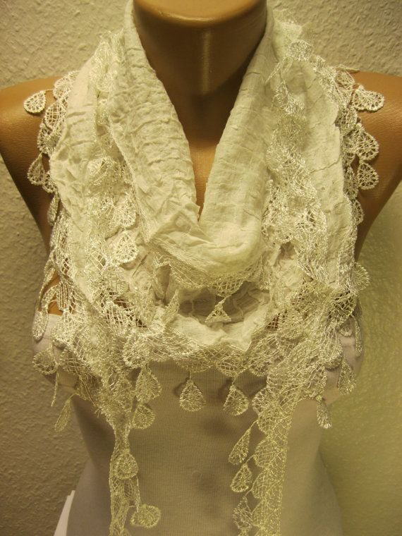 Dress up scarf with lace trim
