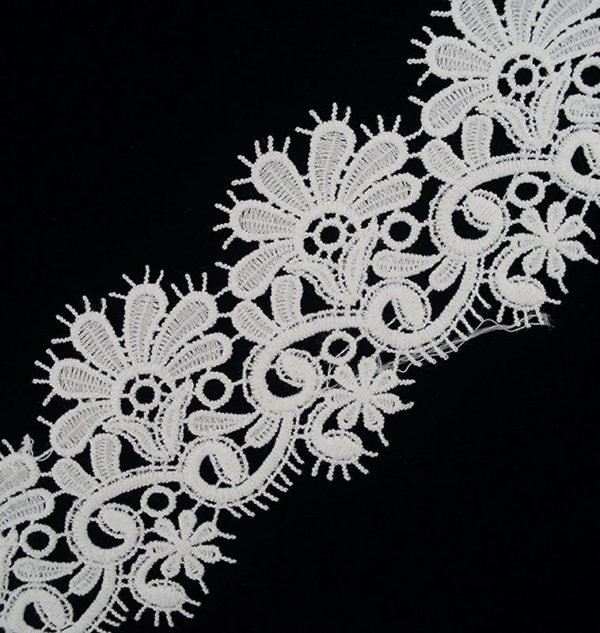 White Fringe Floral Lace Trim 2