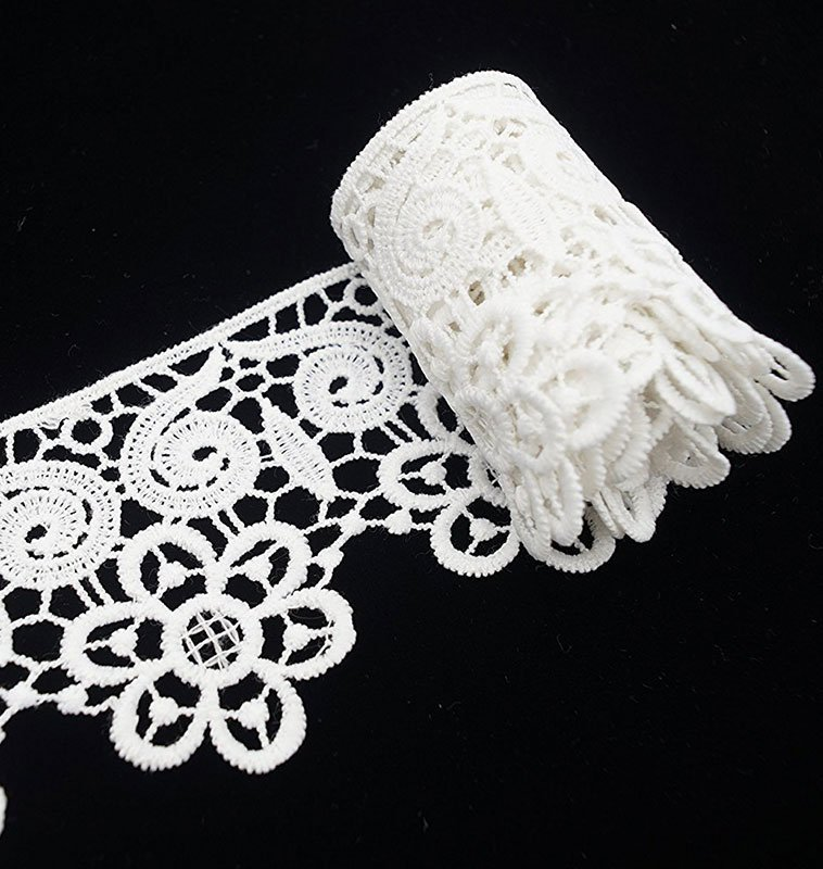 White Lace Ribbon with Heart and Flower Pattern