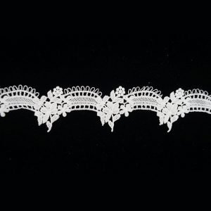White Lace Trim with Arc Angle