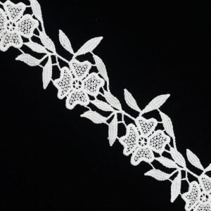 White Leaf And Flower Pattern 1