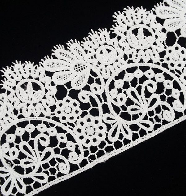 white-lace-trim-wide-bloom-floral 2