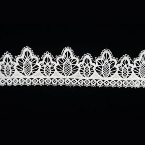 White Pine Tree Pattern Lace Ribbon 1