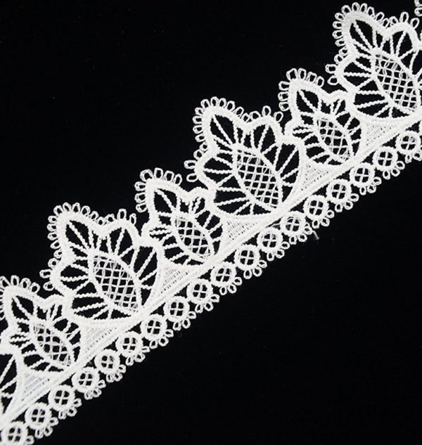 White Pine Tree Pattern Lace Ribbon 2