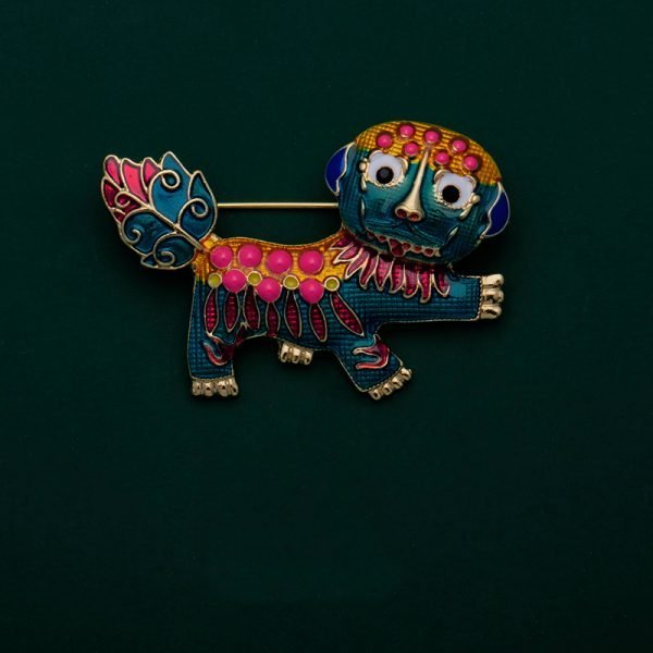 lion brooches